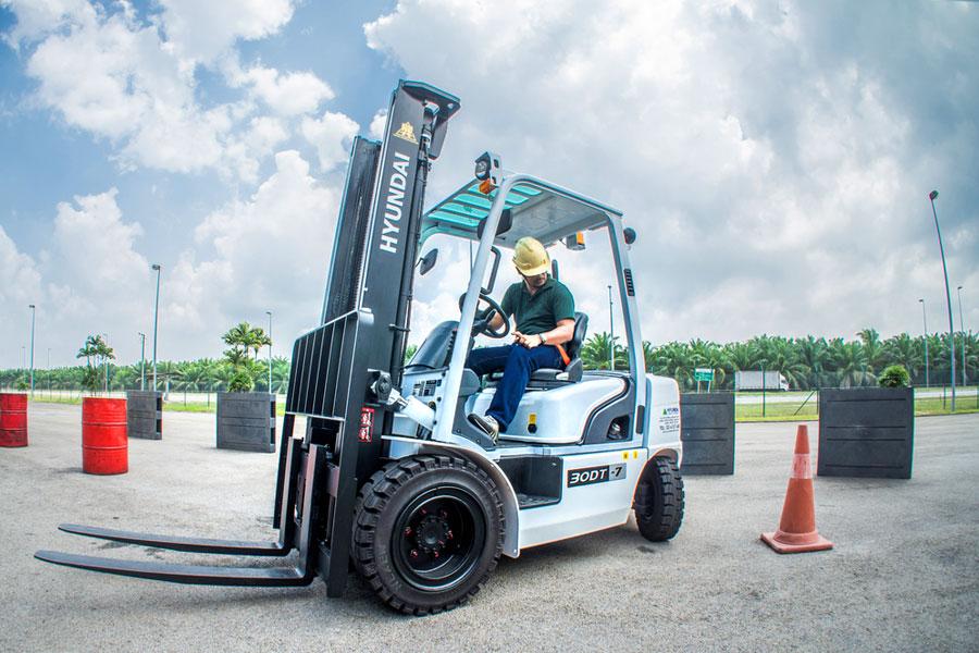 Trung tâm đào tạo lái xe nâng hàng uy tín số 1 tại Hà Nội