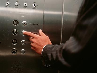 Lưu ý cơ bản khi vận hành thang máy nhất định phải lưu tâm