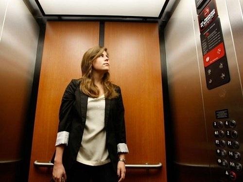 6 dấu hiệu cho thấy thang máy cần được cải tạo